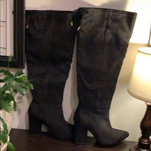 EUC Black Suede Knee High Boots